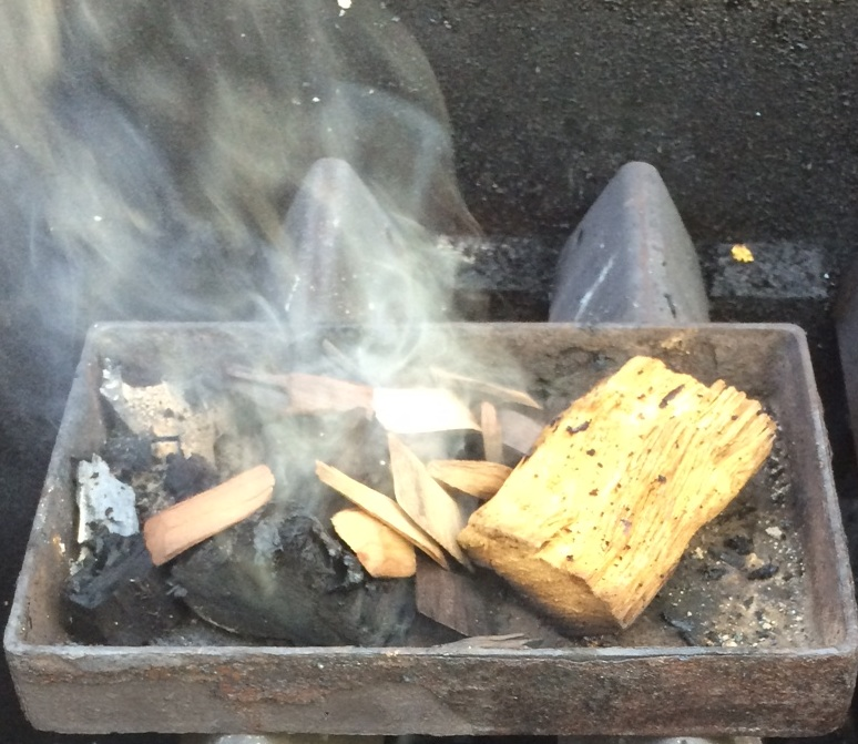 Hack Your Gas Grill: Use it as a Smoker